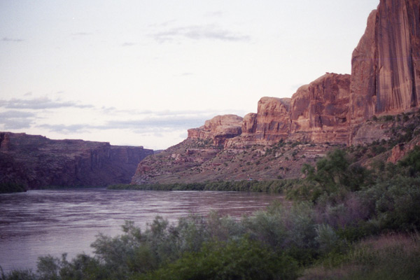 1996-Cheyenne-9-Red-Canyons-with-River